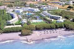 Alex Beach Hotel & Bungalows - Aerial View Beach Hotels, Aerial View, Dolores Park, Places To Visit, River, Mansions, House Styles, City, Bungalows