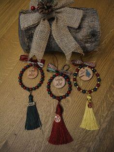 Γουριά Christmas Time, Christmas Crafts, Christmas Decorations, Christmas Ornaments, Holiday, Diy And Crafts, Crafts For Kids, Lucky Charm, Tassels