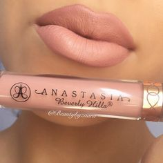 Anastasia Beverly Hills liquid lipstick in Pure Hollywood with Subculture lipliner by MAC