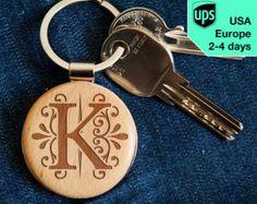 I Love Llavero personalizado Llavero de madera por RollingWoods