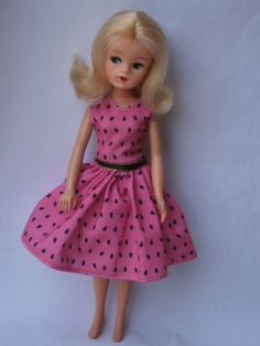 Sindy-doll-blonde-1984-85-First-Romance-Fashion-Fun-Funtime-centre-parting