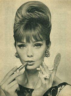 1960s make up - - reminds me of Audrey Hepburn