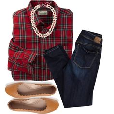 Dear Stitch Fix stylist: this is just me in a nutshell. The comfort of plaid and jeans and the sophistication of the pearls. I need a new red plaid shirt and I love this one Preppy Mode, Preppy Style, Style Me, Fall Winter Outfits, Autumn Winter Fashion, Casual Christmas Outfits, Capsule Wardrobe, The Cardigans, Looks Jeans