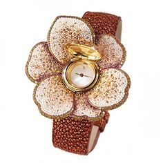 Diamond Watches Ideas : Watch in white gold 18 ct and titanium; diamonds sapphires and micromosaic leather strap Swiss quartz movement. Limited edition of 10 by SICIS Fancy Watches, Trendy Watches, Elegant Watches, Luxury Watches, Amazing Watches, Beautiful Watches, Sicis Mosaic, International Jewelry, Patek Philippe