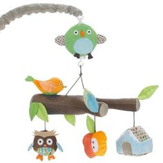 Soothe baby to sleep with Skip Hop Musical Crib Mobile ! As the arm of the mobile rotates slowly to a classic tune, baby can gaze at the faces an Nursery Room, Boy Room, Girl Nursery, Nursery Ideas, Nursery Mobiles, Enchanted Forest Nursery, Musical Crib Mobile, Cot Mobile, Mobile Baby