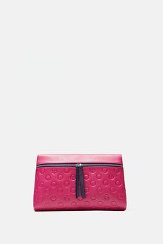 As 68 melhores imagens em Malas no Pinterest   Fashion handbags ... 416d24c243