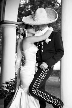 Mexican bride. Beautiful picture!