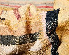 Caput-Teppiche sind äußerst widerstandsfähig und haben einen einzigartigen Look.   Bestellen Sie Ihren eigenen Caput Teppich direkt aus der Türkei: www.Sukhi.de