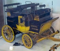 Model of stage coach at National Trust Carriage Museum at Arlington Court.jpg - article on Regency transportation