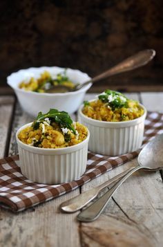 Anja's Food 4 Thought: Cashew Coconut Cauliflower Rice And Rocket Leaves