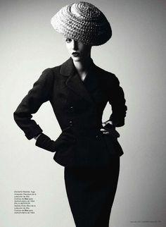 suicideblonde:    Dior photographed by Patrick Demarchelier