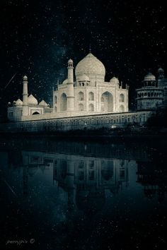 Taj Mahal by Perry Janssens on Mughal Architecture, Historical Architecture, Most Romantic Places, Beautiful Places, Le Taj Mahal, Joker Images, Mekka, India Culture, Montage Photo