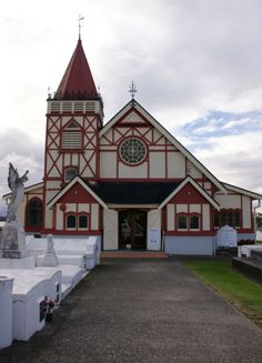 Crypts above the ground at St Faiths Anglican Church, Ohinemutu, Rotorua - Episcopalian church in Tudor architectural style Anglican Church, Tudor Style, Christianity, Catholic, Saints, Island, Spaces, Architecture, House Styles