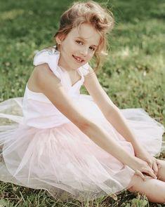 Ткань Фатин для пошива юбок и платьев Girls Dresses, Flower Girl Dresses, Wedding Dresses, Flowers, Fashion, Dresses Of Girls, Bride Dresses, Moda, Dresses For Girls