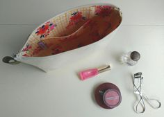 Large Makeup Bag in Natural Canvas with Floral Cotton Lining - Pocket and Zipper by jarsandbuttons on Etsy