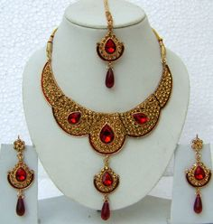 JNC2107 : Red and Mustard Stone Studed Necklace Set