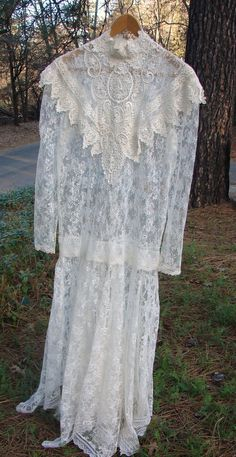 Vintage Sheer Lace Bridal Gown/Dress by NopalitoVintageMore