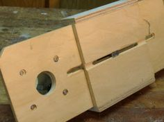 Double Duty Trim Router Jig : Projects