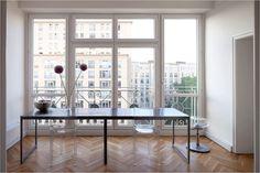 Minimalist apartment in Germany via: Ny Times