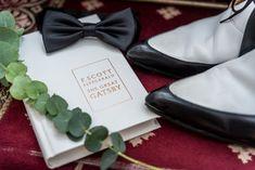 Ein Hochzeits Styled Shoot ganz im Stil von «The Great Gatsby The Great Gatsby, Mini Desserts, Style, Newlyweds, Marriage Anniversary, Swag, Outfits