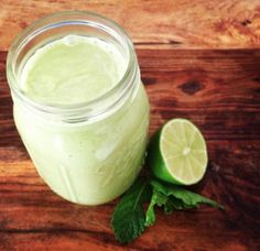 Refreshing mint mojito smoothie revs your mojo. (Image courtesy of Well+Good NYC)