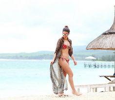 Camila Coelho beachbody, beachwear, bikini, swimwear, leopard print kimono, sunglasses, spring summer style Nicole Warne, Spring Summer, Bikini, Estilo Fashion, Olivia Palermo, Camilla, Beachwear, Cover Up, Bohemian