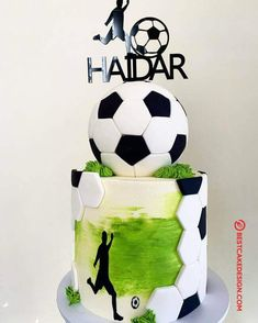 50 Soccer Cake Design (Cake Idea) - October 2019 Best Picture For Football Cake for boys For Your Taste You are looking for something, and it is going to t Football Birthday Cake, Baby Boy Birthday Cake, Soccer Birthday Parties, Football Cakes For Boys, Football Themed Cakes, Soccer Cakes, Football Cake Design, Soccer Ball Cake, Liverpool Cake