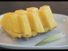 Comment découper un #ananas ? Visionnez le tuto ►