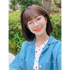 Image discovered by 🖇. Find images and videos about kpop, and fromis on We Heart It - the app to get lost in what you love. Square Face Hairstyles, Bob Hairstyles For Thick, Hairstyles With Bangs, Cute Girl Photo, Cool Girl, Cute Korean, Korean Girl, Kpop Girl Groups, Kpop Girls