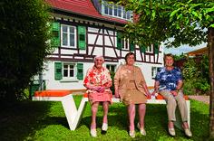 Rita und Alice Belikan mit Helena Stiefvater, Bühl