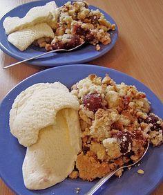 Kirsch Crumble, ein sehr leckeres Rezept aus der Kategorie Kuchen. Bewertungen: 15. Durchschnitt: Ø 3,9. Krispie Treats, Rice Krispies, Cupcake Cakes, Cupcakes, Cauliflower, Oatmeal, Toast, Butter, Pudding