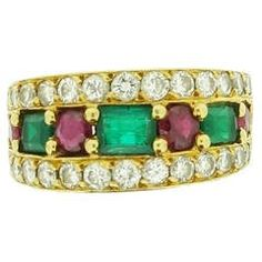 Van Cleef & Arpels Emerald Ruby Diamond Gold Band Ring