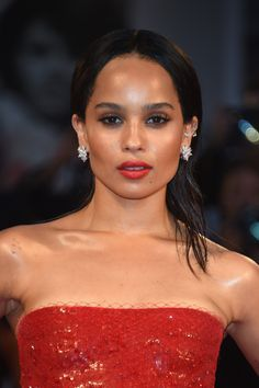 zoe-kravitz-beauty-e