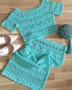 Be beauty with us visite us Crochet Wool, Crochet Crafts, Crochet Stitches, Crochet Patterns, Crochet Skirts, Crochet Blouse, Crochet Clothes, Crochet Fashion, Beautiful Crochet