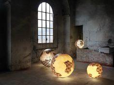 Lampadaire en fibre de verre ULULÌ - ULULÀ | Lampe de table - Karman #lightings #design