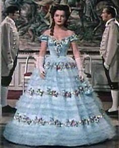 Sissi - Sissi Sissi Film, Impératrice Sissi, Empress Sissi, Victorian Gown, Movie Costumes, Southern Belle, Beautiful Gowns, Pin Up, Royals