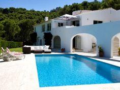 Villa en alquiler con 6 dormitorios en una localidad a 5 minutos de la playa de Sa Riera cerca de Begur en la Costa Brava