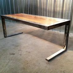 Wood and steel tafel