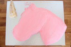 A Unicorn Birthday Cake – Little Button Diaries – birthdaycakeideas Unicorn Head Cake, How To Make A Unicorn Cake, Easy Unicorn Cake, Unicorn Cupcakes, Rainbow Unicorn, Cake Baking Pans, Emoji Cake, Cake Templates, London Cake