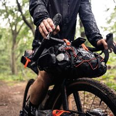 ortlieb 9l handlebar bag - Google Search Bikepacking Bags, Mountain Bike Handlebars, Sleeping Bag, Velcro Straps, Cool Bikes, The Great Outdoors, Outdoor Gear, Two By Two, Biking