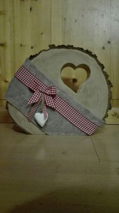 Holzscheibe mit Herz