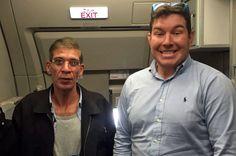 Berfoto Bersama Pembajak Pesawat, Pria Inggris Dimarahi Ibunya