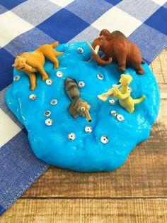 ice-age-figuren-eis-blau-schleim-selbstgemacht Ice Age, Kids Rugs, Party, Crafts, Handmade, Food, Home Decor, Harry Potter, Art Deco