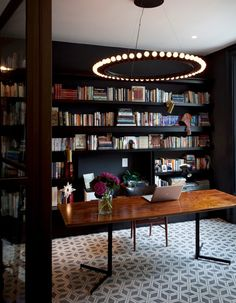 http://www.elle.fr/Deco/Pratique/Astuces/decoration-violet-3327356#xtor=CS5-100