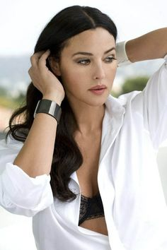 style-beauty-passion:  Monica Bellucci.  She can do no wrong (except Matrix Reloaded). (I wanted to reblog this but just couldn't get rid of the broken-link URL.  Sorry.)