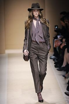 Masculine fashion clothing for women