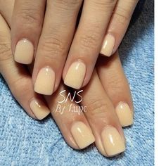 SNS nails in nude colors by Lupe !
