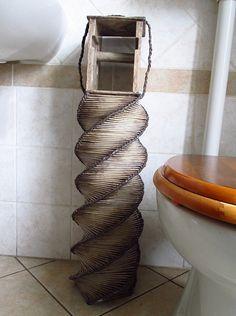 Cesto porta carta igienica/Cesto portarotoli/Cesto cannucce di carta/Contenitore fatto a mano, da riciclo/Scorta carta igienica/Arredo bagno di FioreLunaEcoDeco su Etsy