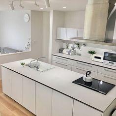 部屋のインテリア実例 Sariさん(Room No. 3647921)の部屋 | RoomClip(ルームクリップ) Double Vanity, Bathroom, Interior, Kitchen, Countertops, Washroom, Cooking, Indoor, Full Bath