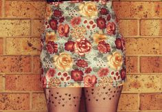The Pineneedle Collective: Make Yourself a Floral Pencil Skirt